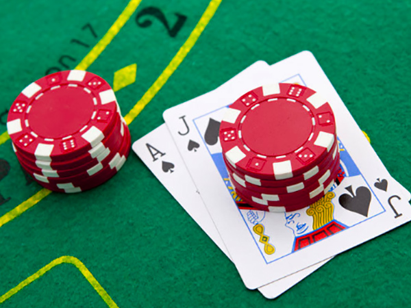 Professional Blackjack Tips